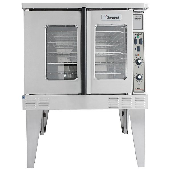 Garland MCO-GS-10-ESS Single Deck Full Size Natural Gas Convection Oven - 60,000 BTU Main Image 1