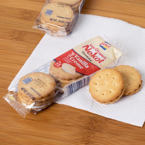 Lance Van-O-Lunch Nekot Vanilla Creme Sandwich Cookies 20 Count Box - 6/Case