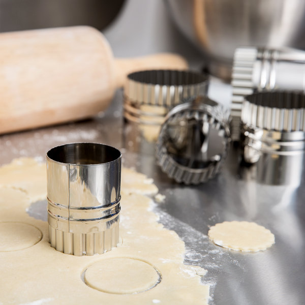 Ateco 14410 5-Piece Stainless Steel Double-Sided Round Pastry Cutter Set