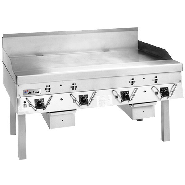 """Garland CG-60R-01 60"""" Master Series Natural Gas Production Griddle with Thermostatic Controls - 150,000 BTU"""