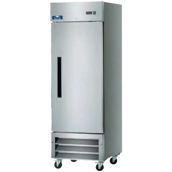 """Arctic Air AR23 26 3/4"""" One Section Reach-In Refrigerator - 23 cu. ft. Main Image 1"""