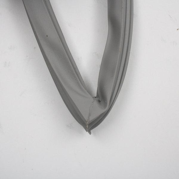 Metro RPC06-873B Door Gasket 23 X 58 3/8 Main Image 1