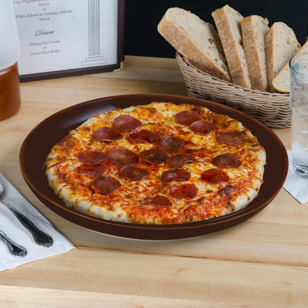 "Tuxton BAA-1315 DuraTux 13 1/8"" Caramel China Pizza Serving Plate - 6/Case"