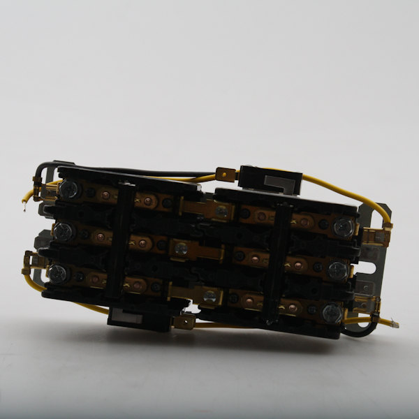 Lang 2E-30705-01 Interlocking Contactor Main Image 1