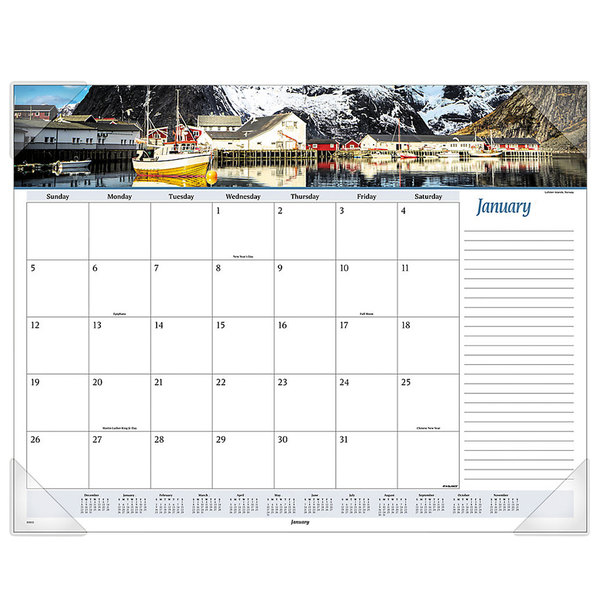 """At-A-Glance 89803 22"""" x 17"""" 2020 Seascape Panoramic Desk Pad"""