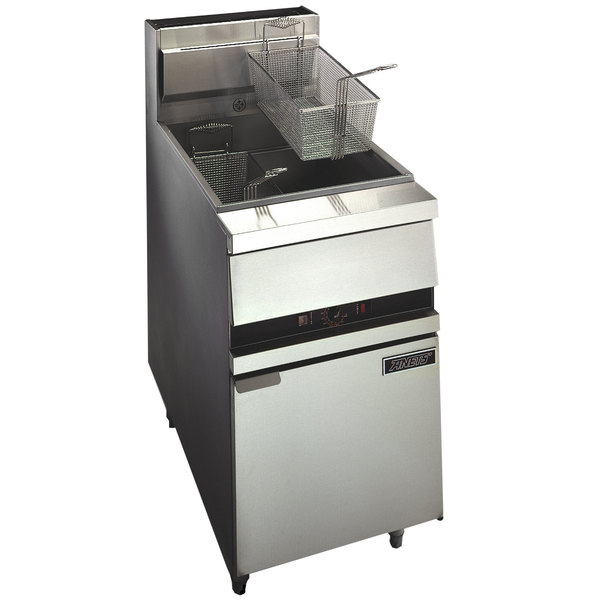 Anets 18E FRYERSSTC GoldenFry Liquid Propane 70-100 lb. Floor Fryer with Solid State Controls - 150,000 BTU