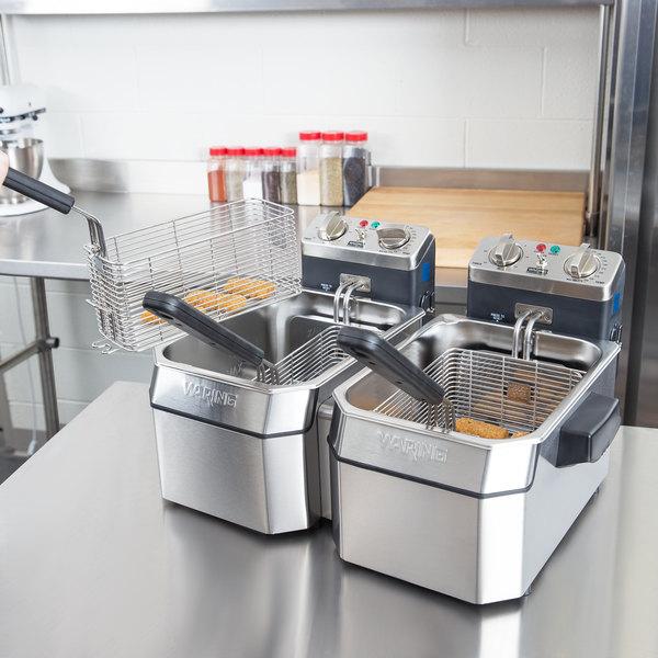 Commercial Countertop Deep Fryer Set 120V-WDF1000D Waring WDF1000D ...