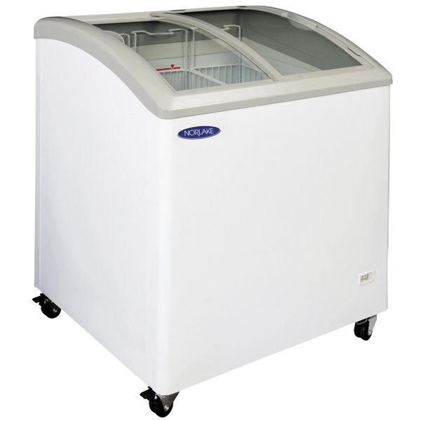 Nor-Lake CTB31-6 Curved Lid Display Freezer - 8.3 Cu. Ft.