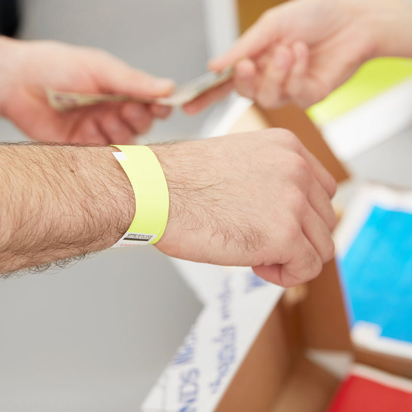 "3/4"" x 10"" Yellow Disposable Tyvek® Wristband - 1000/Box"