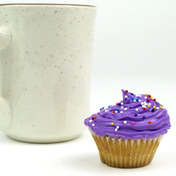 """White Fluted Baking Cup 1 1/4"""" x 7/8"""" - 1000/Pack"""