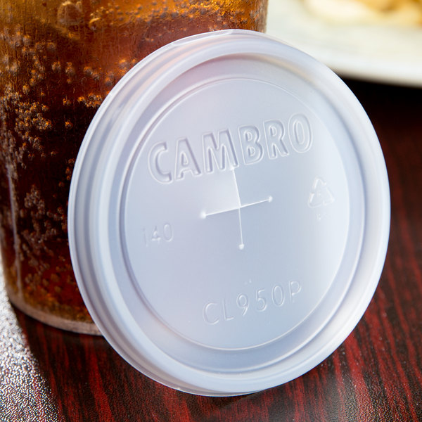 Cambro CL950P Disposable Translucent Lid with Straw Slot for 9.8 oz. Camwear and Colorware Tumblers and 10 oz. Camwear Huntington Tumblers - 1000/Case Main Image 6