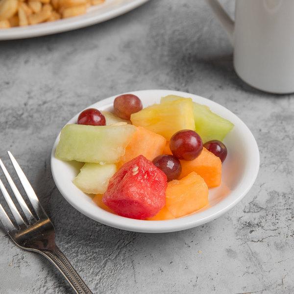 World Tableware 840-310-020 Porcelana 5.5 oz. Bright White Porcelain Fruit Bowl - 36/Case Main Image 3