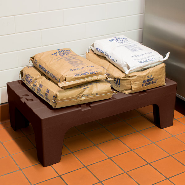 """Cambro DRS36131 S-Series 36"""" x 21"""" x 12"""" Brown Solid Top Bow Tie Dunnage Rack - 1500 lb. Capacity"""