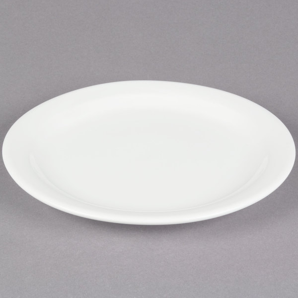Great for a variety of menu options this plate provides simple style and function at your restaurant cafe or diner. With its classic design and ... & Core 10 1/2