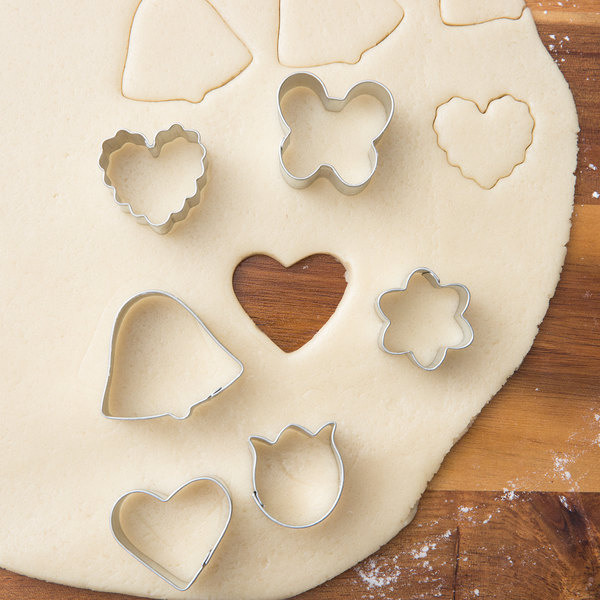 2308-0-0061 Valentines Day Magical Cookie Cutter Set by Wilton