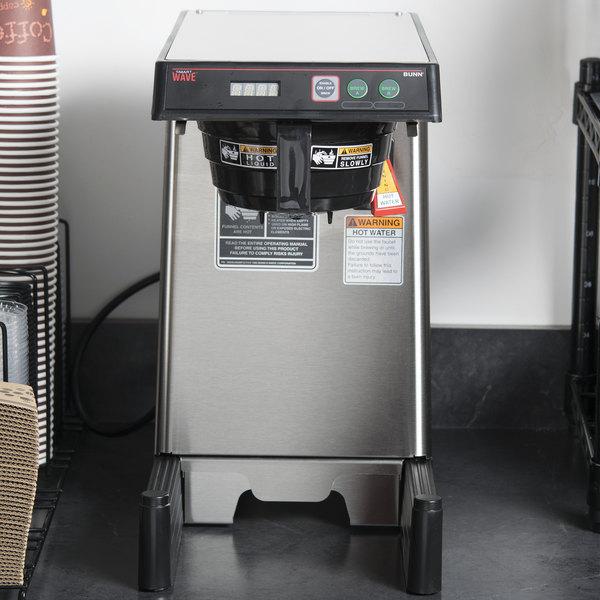 Bunn 39900.0005 15-APS SmartWAVE Airpot Coffee Brewer - 120V Main Image 15