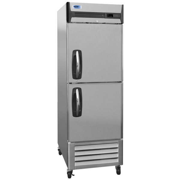 "Nor-Lake NLR23-SH AdvantEDGE 27 1/2"" Two Half Door Reach-In Refrigerator - 23 Cu. Ft."