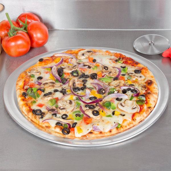 "17"" Aluminum Pizza Tray With Rim"