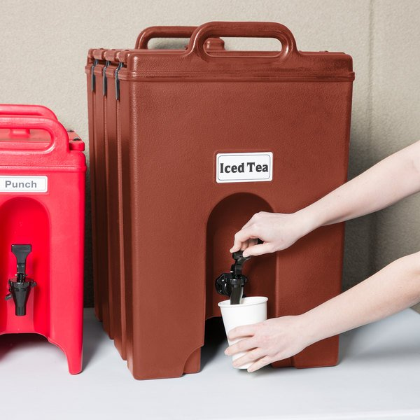 Cambro 1000LCD402 Camtainers® 11.75 Gallon Brick Red Insulated Beverage Dispenser Main Image 5