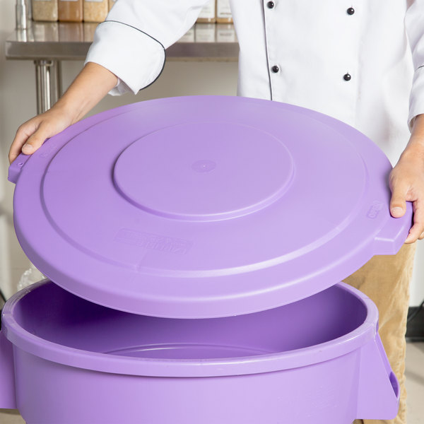 Carlisle 34103389 Bronco 32 Gallon Purple Flat Trash Can Lid
