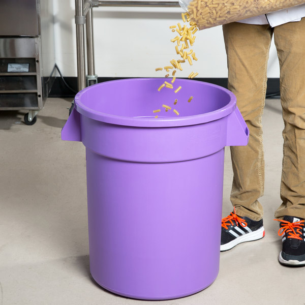 Carlisle 34102089 Bronco 20 Gallon Purple Trash Can
