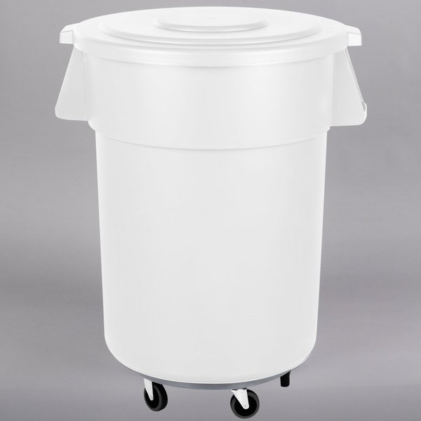 Carlisle Bronco 55 Gallon White Trash Can With Lid And Dolly