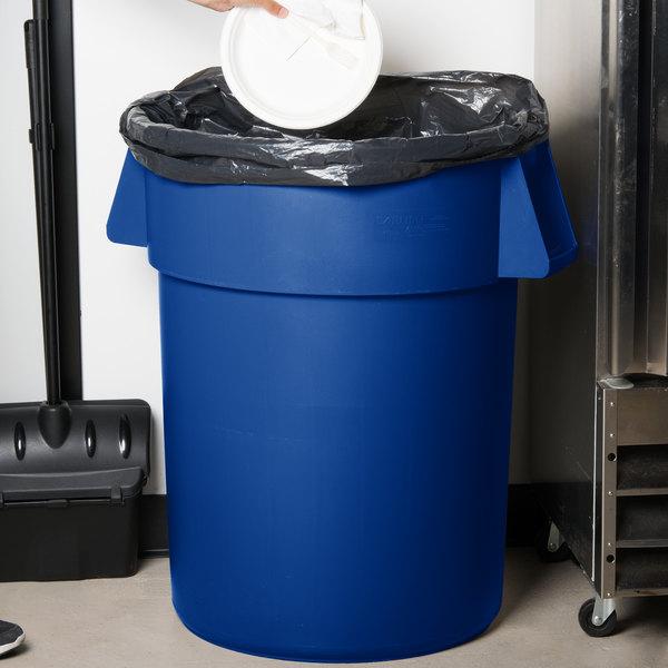 Carlisle 34105514 Bronco 55 Gallon Blue Trash Can