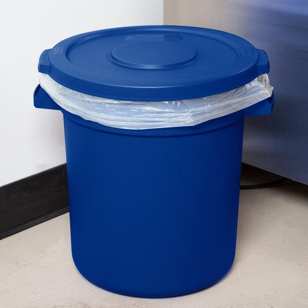 Carlisle Bronco 10 Gallon Blue Trash Can with Lid