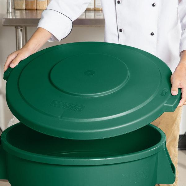 Carlisle 34103309 Bronco 32 Gallon Green Flat Trash Can Lid