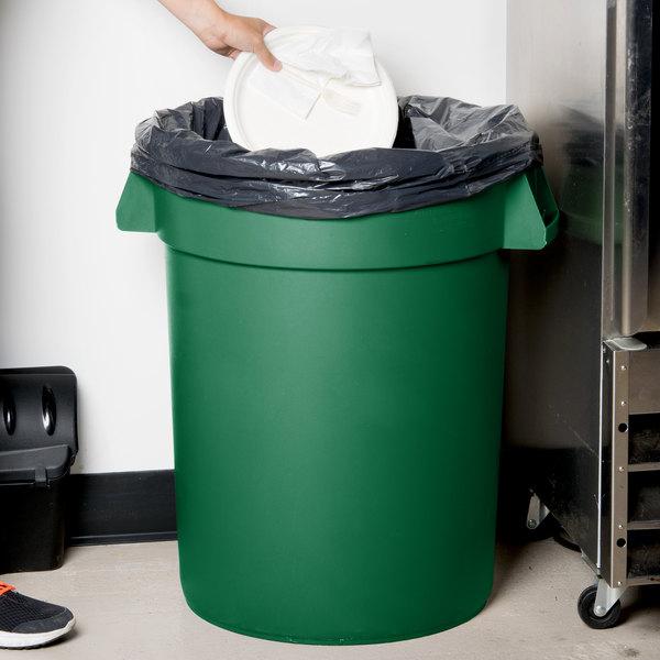 Carlisle 34103209 Bronco 32 Gallon Green Trash Can