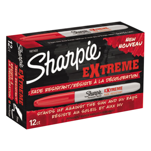 Sharpie 1927433 Extreme Red Fine Point Permanent Marker - 12/Pack Main Image 1