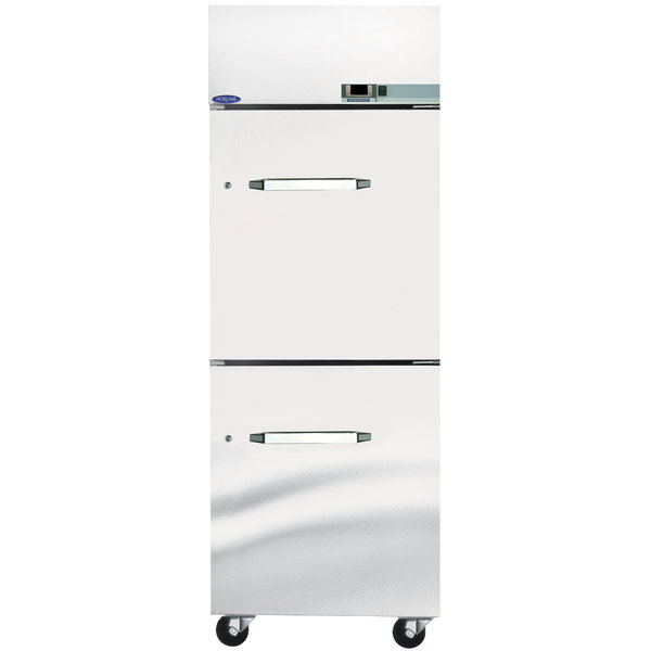 Nor-Lake PW253SSS/0 Single Section Pass-Through Half Door Heated Holding Cabinet - 115V, 1500W