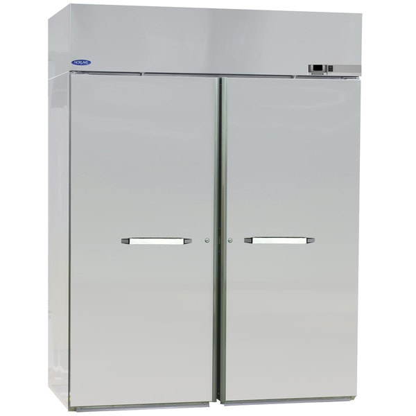 Nor-Lake PWW724SSS/8 2 Section Roll-Thru Solid Door Heated Holding Cabinet - 208-230V, 3000W