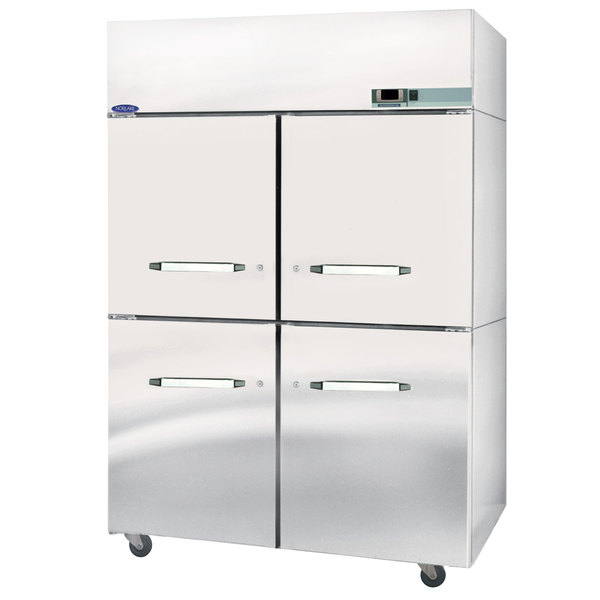 Nor-Lake NW484SSS/0 2 Section 4 Solid Half Door Heated Holding Cabinet - 208V, 3000W