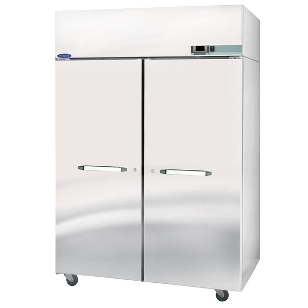 Nor-Lake NW482SSS/8 2 Section Heated Holding Cabinet - 208V, 3000W