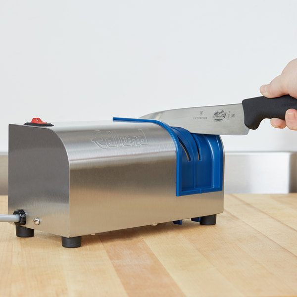 Edlund 401 NSF Electric Knife Sharpener with Removable Guidance System - 115V