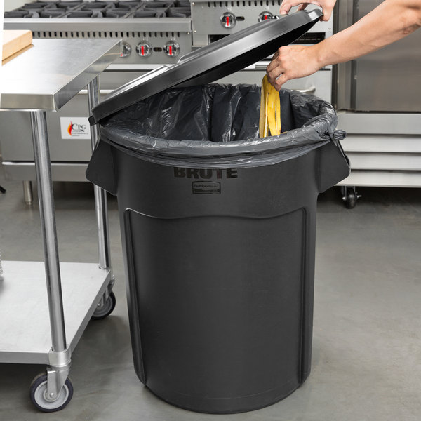 rubbermaid brute 55 gallon black executive trash can and lid. Black Bedroom Furniture Sets. Home Design Ideas