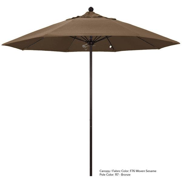 "California Umbrella ALTO 758 OLEFIN Venture 7 1/2' Round Push Lift Umbrella with 1 1/2"" Aluminum Pole - Olefin Canopy"