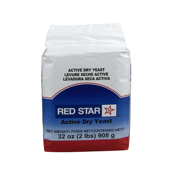 Lesaffre Red Star 2 lb. Vacuum Packed Bakers Active Dry Yeast Main Image 1