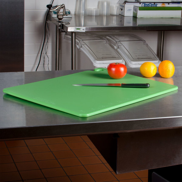 "San Jamar 6007815 Cut-N-Carry® 24"" x 18"" x 1/2"" Green Cutting Board with Hook Main Image 2"
