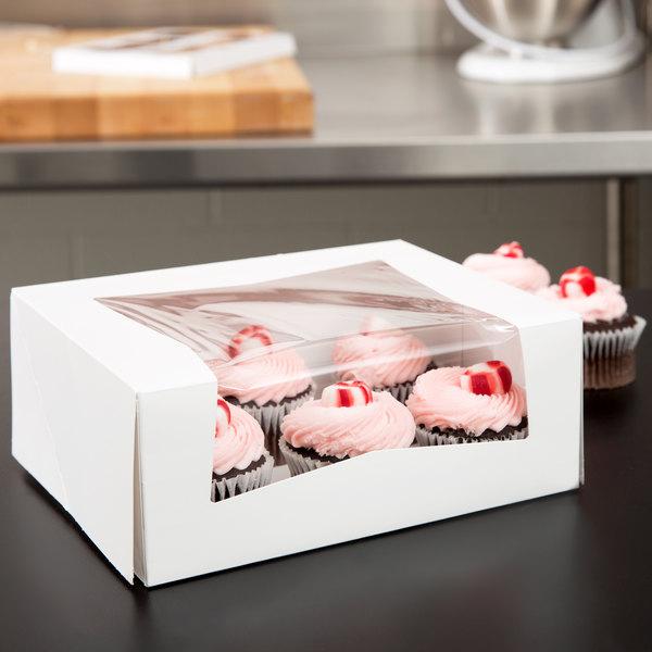 """Southern Champion 24313 9"""" x 7"""" x 3 1/2"""" White Window Cake / Bakery Box - 10/Pack"""
