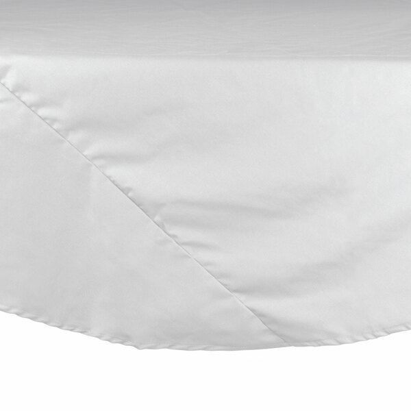 120 inch White Round Hemmed Polyspun Cloth Table Cover
