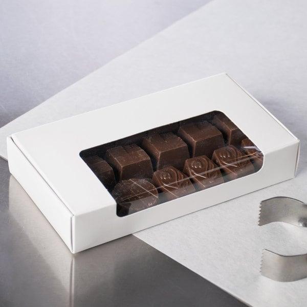 """6"""" x 3 1/4"""" x 1 1/8"""" 1-Piece 5 oz. Window White Candy Box - 250/Case"""