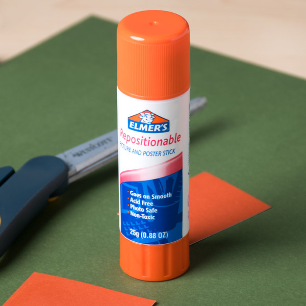 Elmer's E623 .88 oz. Repositionable Picture and Poster Glue Stick