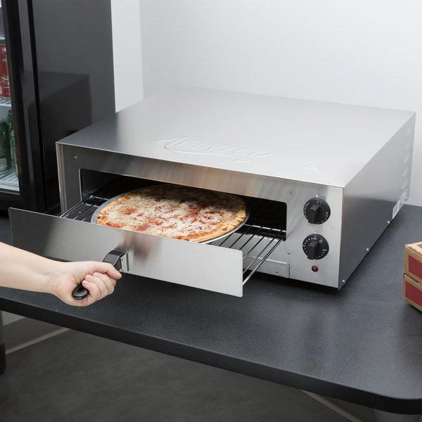 Avantco CPO16TS Stainless Steel Countertop Pizza / Snack Oven with Adjustable Thermostatic Control - 120V, 1700W Main Image 5