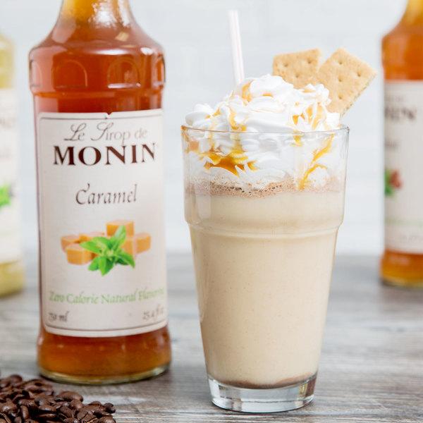 Monin 750 mL Zero Calorie Natural Caramel Flavoring Syrup