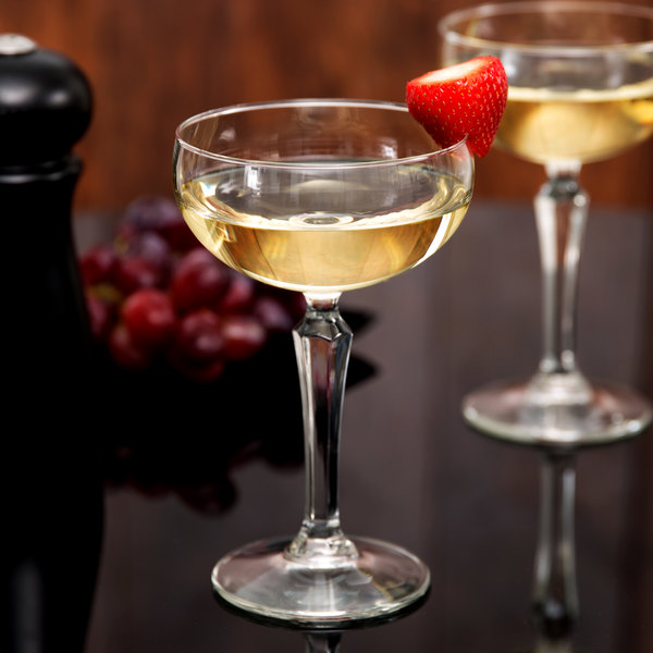 Fresh Libbey 601602 Retro Cocktails 8.25 oz. Coupe Glass - 12/Case VS21