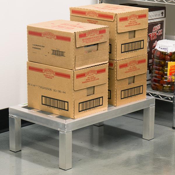 "Regency 24"" x 14"" x 8"" Aluminum Dunnage Rack - 1000 lb. Capacity Main Image 3"
