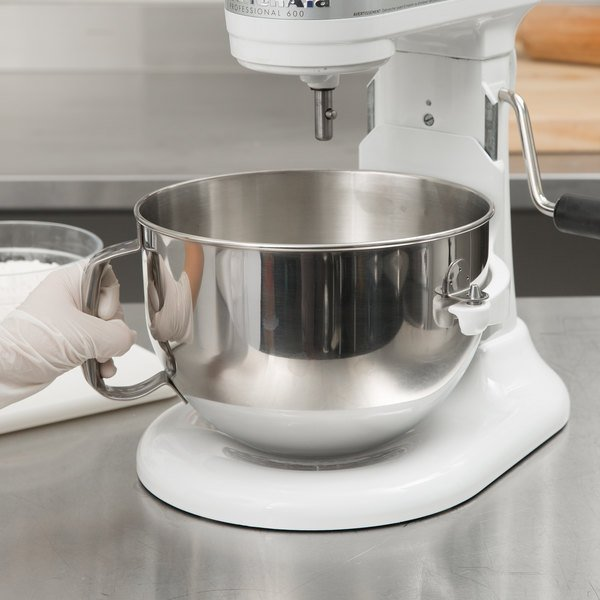 KitchenAid KN25NSF Brushed Stainless Steel 5 Qt. NSF Mixing Bowl with Handle for Stand Mixers