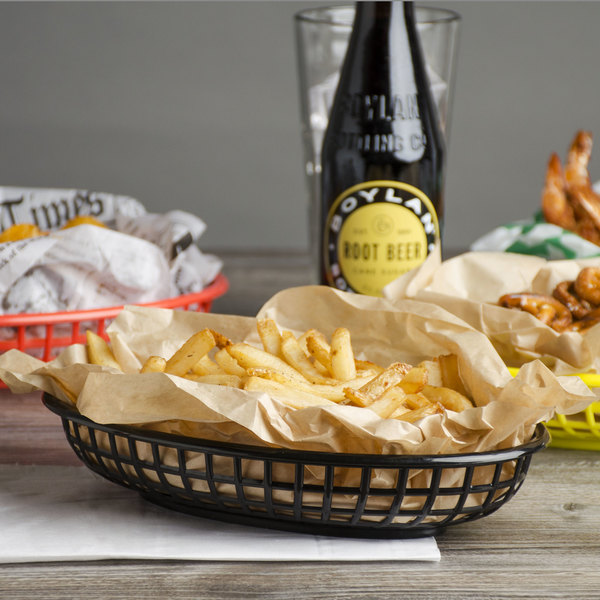 "Choice 9 1/4"" x 5 3/4"" x 1 1/2"" Black Oval Plastic Fast Food Basket - 12/Pack"